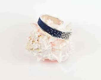 bangle in nightblue - silver - peyote with delica beads