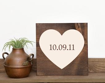 Wedding date sign Love sign Wedding sign Wedding decor Wedding gift Engagement sign Photo prop sign Custom wedding gift Country wedding
