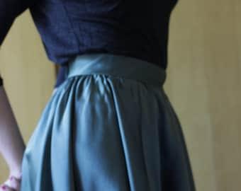 50s  Green satin Skirt