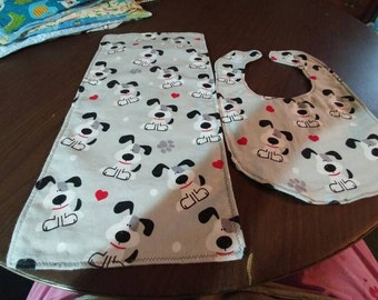 Dogs bib and burp cloth set.