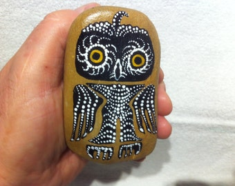 The Owl - mystic Petroglyph based upon Motives of the Hopi Indians