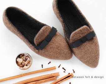 Slip-on shoes Flat ballerinas Pointy flats Rubber sole Stylish shoes Elegant slippers Chocolate clogs Handmade felted slippers Gift for her
