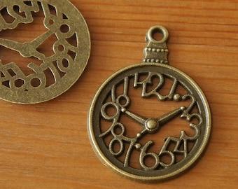 Hollow Pocket Watch Pendant - Antique Brass W28mm - Metal Accessory Parts Wonderland Alice Round Clock Filigree Time Cute Vintage DIY