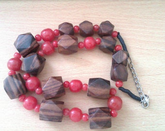 vintage wooden and orange bead necklace