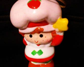 Vintage 80s STRAWBERRY Shortcake with Star Ceramic Ornament!!!! Nice HTF Item!!!