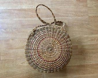 Vintage woven basket bag / woven handbag