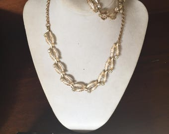 Vintage Judy Lee Gold Leaf, Pearl and Rhinestone Three Piece Necklace/Choker Set