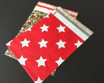 50  10x13 CHRISTMAS Assortment HOLLYBERRY and Christmas Stars Red Green White Poly Mailers Self Sealing Envelopes