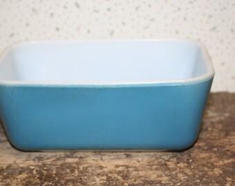 Vintage Blue Pyrex  Refrigerator Bowl