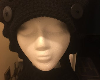 Brimmed Cap with buttons and Neckwarmer
