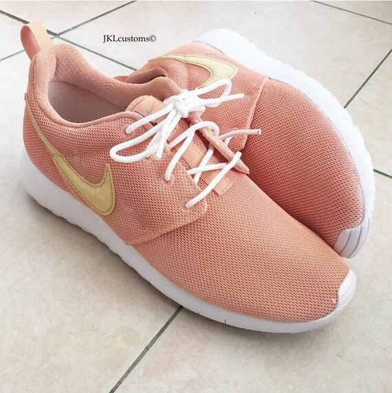 Rose Gold Childrens Nike Roshe With Gold Aglets Rose By