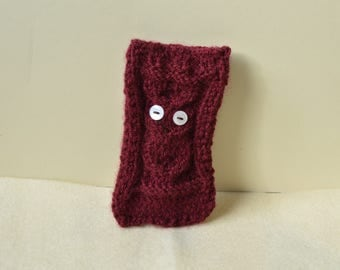 Knitted owl phone case, phone sock