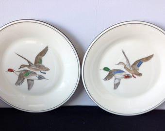 "Set of 2 Lenox Special Flying Ducks Dinner Plates - 10 1/2"""