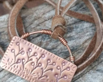 Boho necklace. Copper wildflower necklace. Flower necklace. Layering necklace. Pendant necklace. Copper jewelry. Flower jewelry. Wildflowers