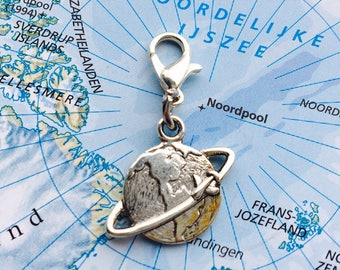 Fly around the world charm - Mix & Match: Design your own charm bracelet!