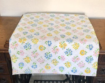 Vintage Full Double Flat Sheet / Floral