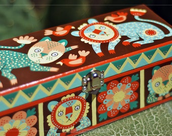 """Hand Painted Jewelry Box """"Playing Cats"""" OOAK"""