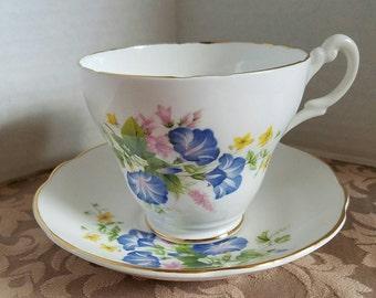 Vintage Pretty Purple Petunia Royal Ascot Large Teacup