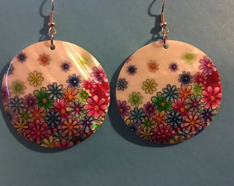 Mother of pearl flower earrings earrings   O31