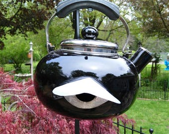 Black Teapot Birdhouse