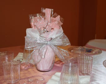 1st Birthday Centerpieces with guest favors