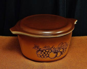 Vintage PYREX OLD ORCHARD Oven/Microwave Cinderella Round Casserole Dish and Lid 473, 1 Quart, Circa: 1974~1978, Super Condition!