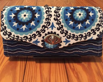Large accordion wallet / clutch