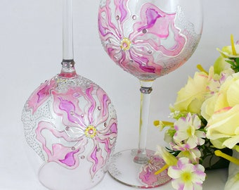 Wine glasses Blush pink Hand painted wedding glasses Oversize Wedding gift Gift for a couple Anniversary Glasses Birthday gift Set of 2