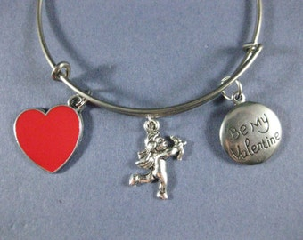 Valentine's Bangle - Valentine's Charm Bracelet - Valentine's Day Jewelry - Charm Bracelet - Bangle - Holiday Bangle - Valentine's -- B149