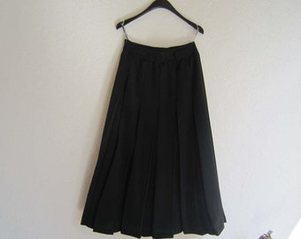 Vintage high waist skirt pleated skirt rock hammer Germany Dioles S