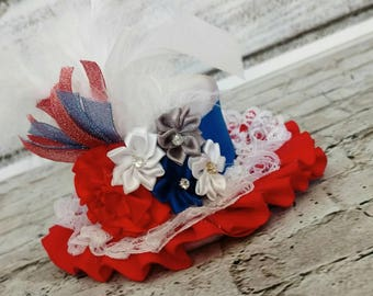 Adorable 4th of July mini top hat,baby mini top hat,4th of July photo props,patriotic pageant wear,girls mini top hat,4th of July headpiece