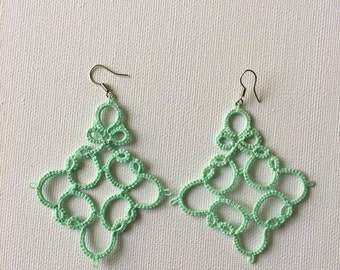 Tatted lace earring