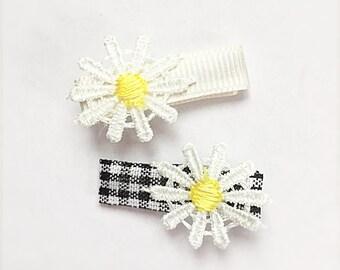 Daisy hair clips, baby hair clips, toddler hair clips