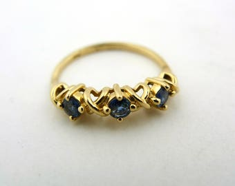 14K Yellow Gold Three Stone Blue Sapphire Ring .33ct 2 Grams