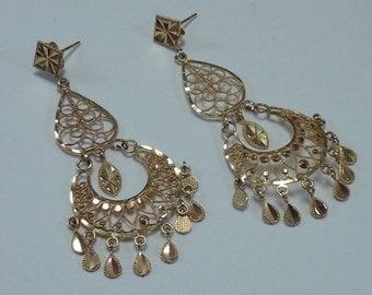 14K Yellow Gold Filigree Dangle Earrings 5.3 grams total weight