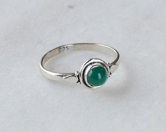 Green onyx Ring, Green onyx Stacking Ring, Midi Ring Green Stone Ring, Sterling Silver Ring, Minimalist Ring, Size 2 3 4 5 6 7 8 9 10 11 12