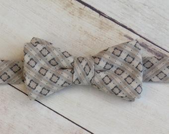 Baby Boy Bow Tie, Cream Bow Tie, Cotton Bow Tie, Boy Kid Bow Tie, Ring Bearer Bow Tie| Photo Prop