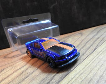 MAGNET w/Collector Case 2015 SEMA Ford Mustang Custom HotWheels Diecast  Car Truck Custom Refrigerator Magnet