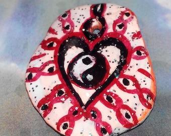 Feng Shui Yin Yang Herz stone pendant handpainted