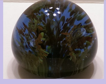 Lovely Violet Blue Glass 2-Inch Round Paperweight Colorful Irises Frosted Base