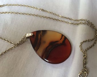 Lovely Transparant Agate Pendant on Silver Chain, Tear-dropped Shaped