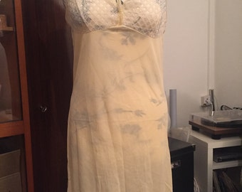 Vintage Nightgown apricot negligee with lace