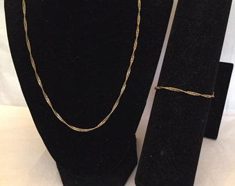 Gold Twisted Chain Necklace and Bracelet Jewelry Set