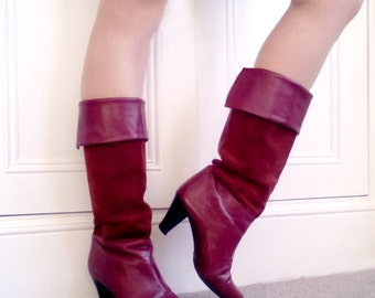 Size 5, original 80's real leather and suede dark burgundy boots Made in Italy.