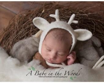 FREE Shipping! White Felted Deer bonnet