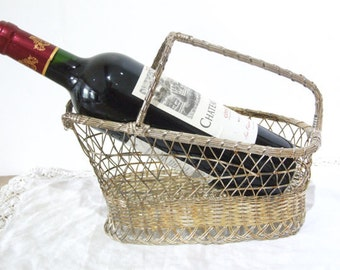 Woven Metal Wine Bottle Holder.
