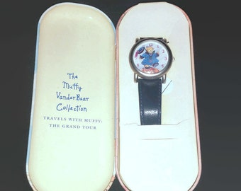 Muffy Vanderbear watch The Muffy Vanderbear Travels with Muffy working in the tin by Nabco