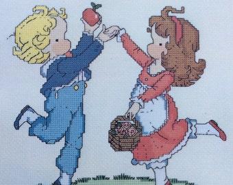 Joan Walsh Anglund Cross Stitch Graphs,Children's Cross Stotcj {atterms.Counted Thread Cross Stitch,Needlework,Vintage Children