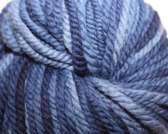 Nature Spun, Chunky Weight, color 930C, lot 005    Frosted Navy