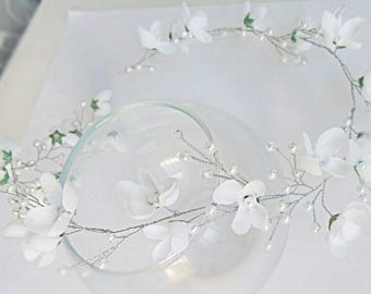 Floral Bridal Headband Flower Bridal Tiara Headband White Flower Hair Bridesmaid Wedding accessories Hair piece Floral Bridal Headpiece